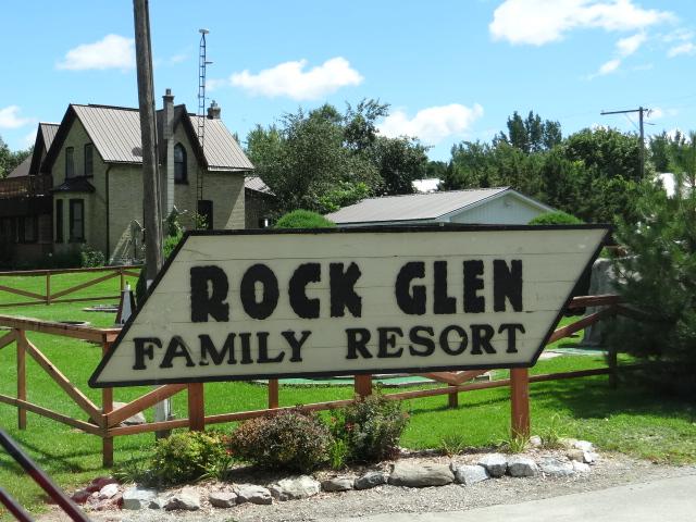 rock glen family resort in arkona ontario. Black Bedroom Furniture Sets. Home Design Ideas