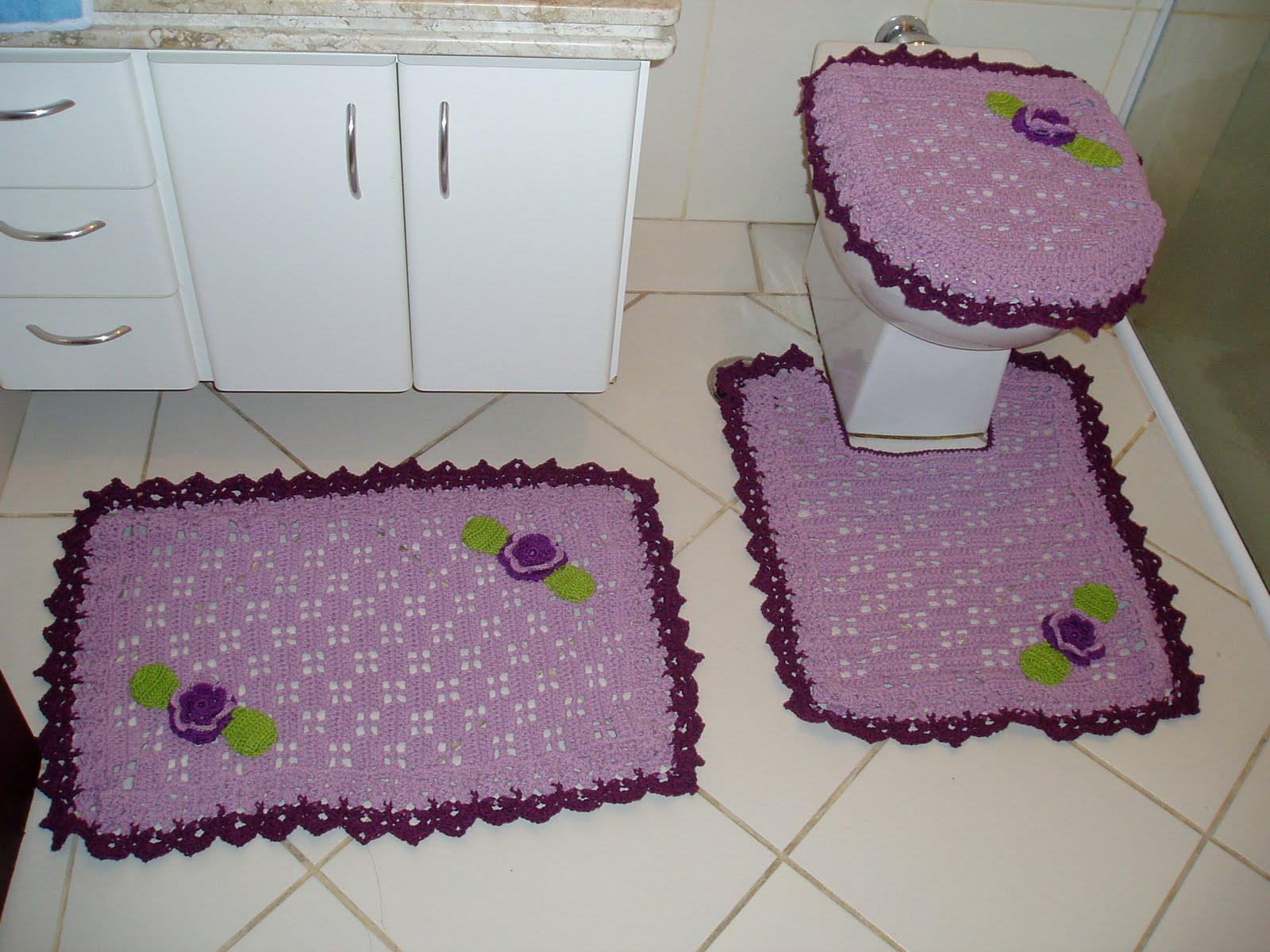 Graficos e Receitas: Jogo de banheiro em croche lilas com grafico #3D222D 1600x1200 Banheiro Branco E Lilas