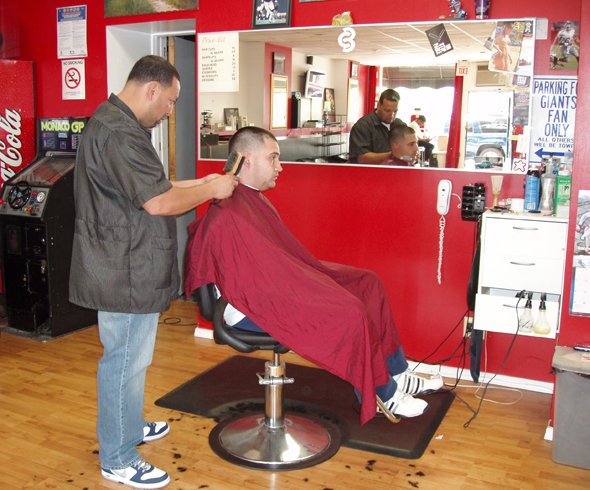 Barber And Beauty Shop : BARBER SHOP IN SURREY