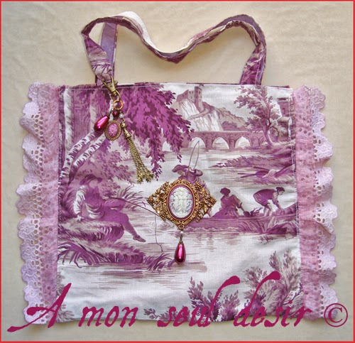 Sac Toile de Jouy Marie Antoinette Pompadour Versailles Petit Trianon camée bijou cameo french Jouy Print tote bag