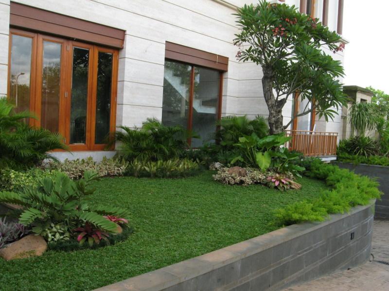 Taman Bunga: dekorasi taman rumah minimalis
