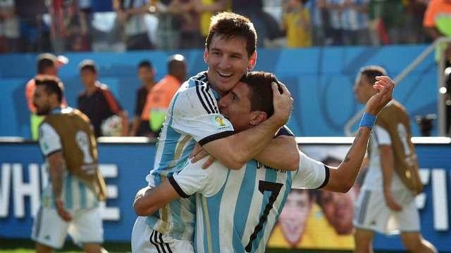 Messi abraza a Di María y desata la alegría Argentina. Rosario aporta lo suyo a la selección!