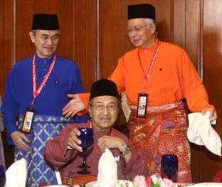 Tun_Mahathir_Tun_Abdullah_Badawi_Najib_Razak
