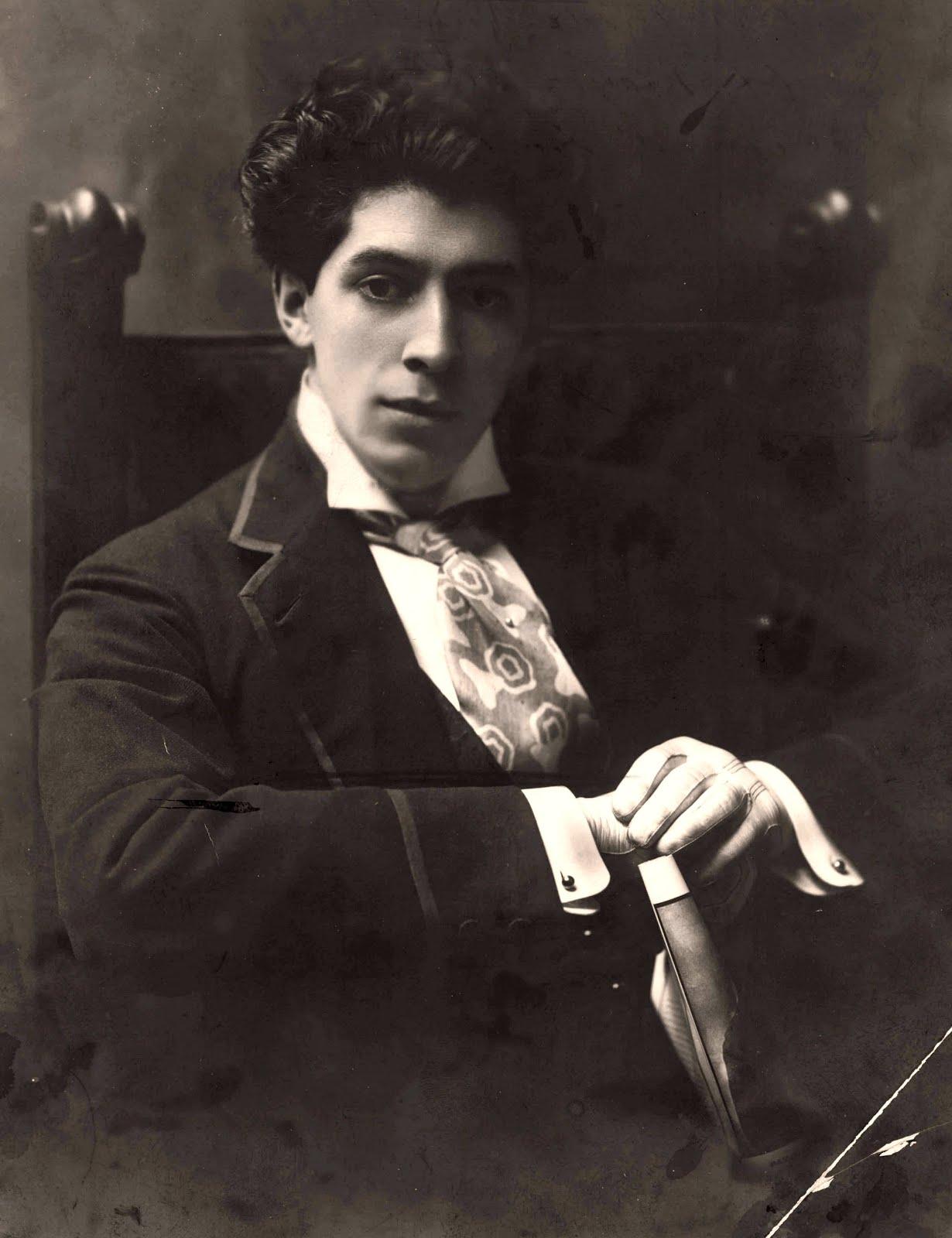 Dardo Corvalán Mendilaharzu (1888-1959)