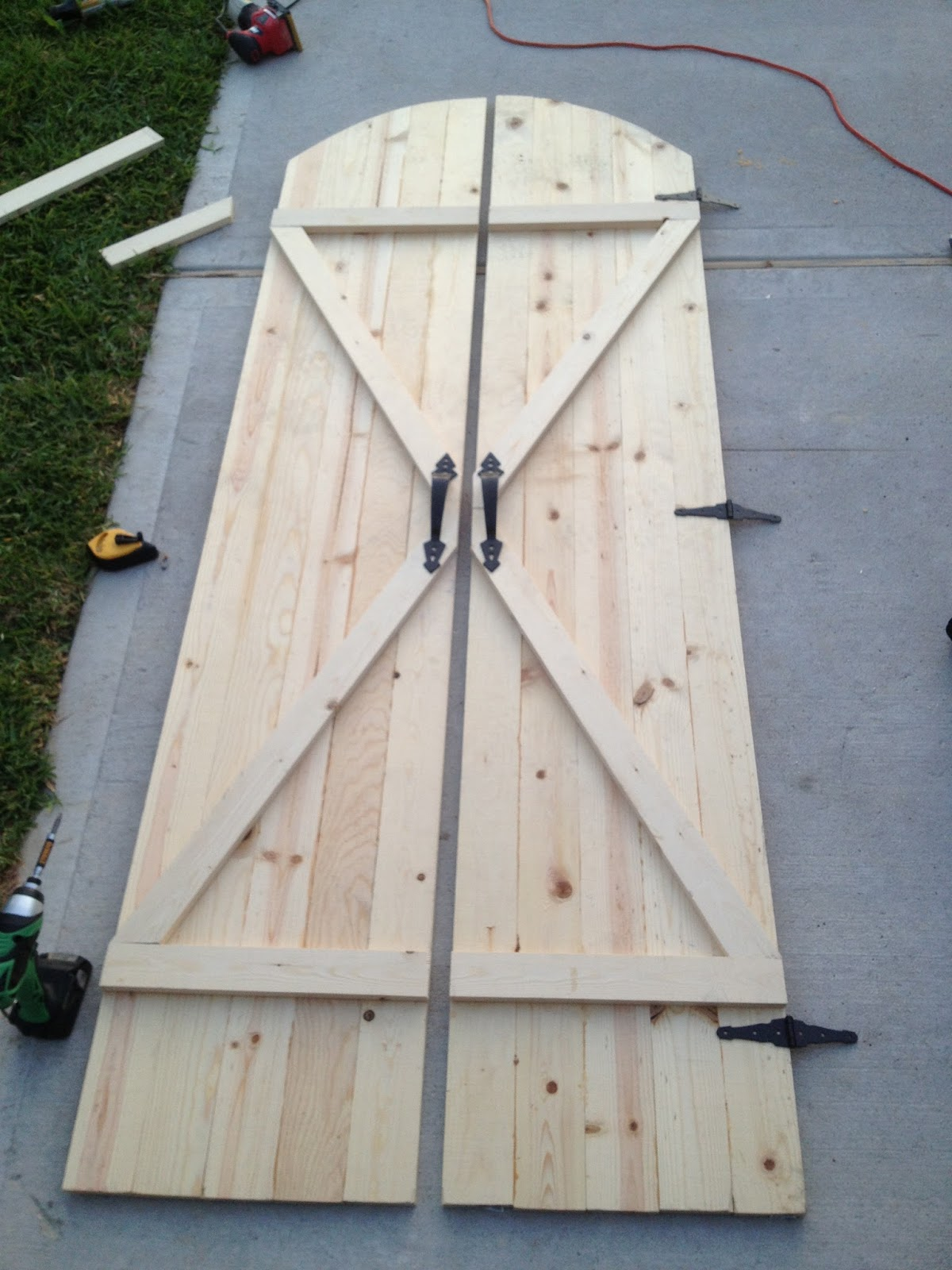 Walls under construction rustic barn doors for Interior door construction