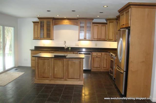 2+House+-+Kitchen.jpg