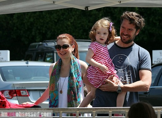Alyson Hannigan Enjoys The Afternoon With Her Family » Gossip | Alyson Hannigan