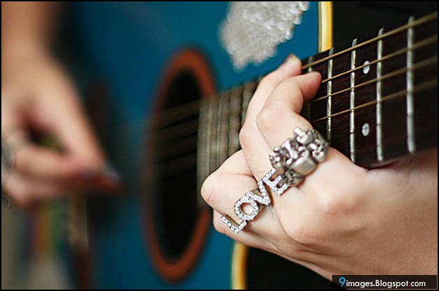 Love couple Guitar Wallpaper : Guitar, girl, hand, love, ring