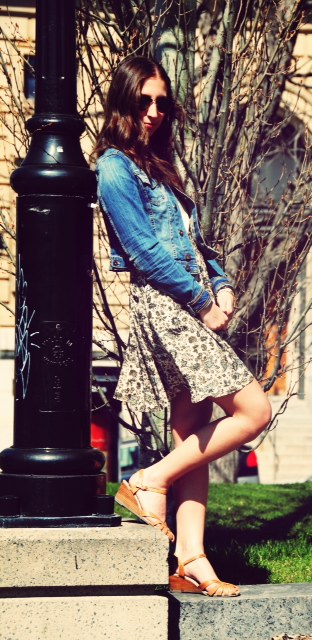 jean jacket beige sandals floral skirt raybans