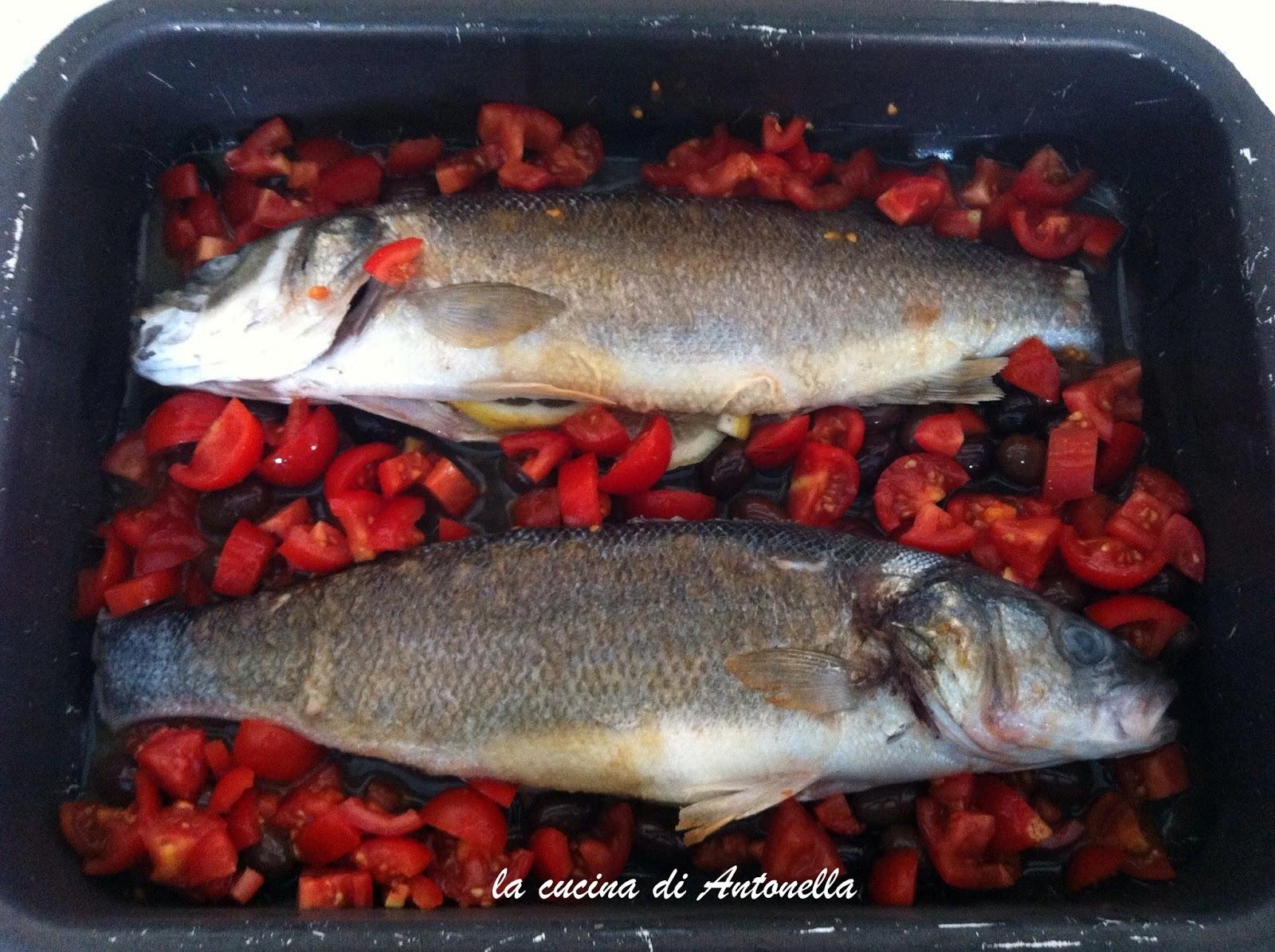 LA CUCINA DI ANTONELLA: Branzino pomodorino e olive taggiasche al ...