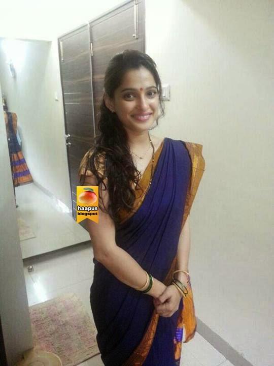 priya bapat beautiful pics in saree cute marathi