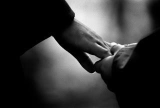 ljubezen ostaja. │ s teboj. │ vedno. za vedno.