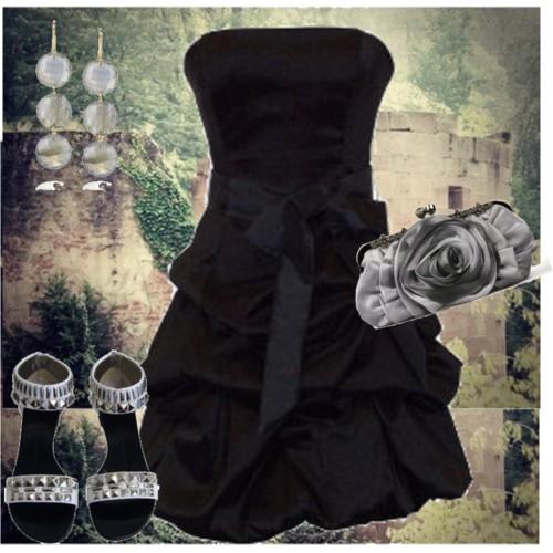 http://1.bp.blogspot.com/-zA8hwinfxY0/TZMsM-CeTpI/AAAAAAAACGc/VUWJhmmjlsQ/s1600/short+prom+dress+6.jpg
