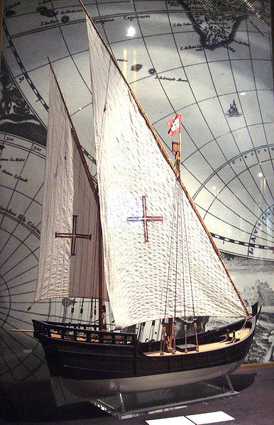 Gambar Kapal Layar Caravel di Pameran