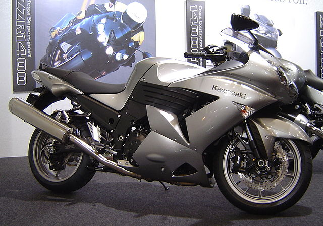 10 Fastest Motorbikes 2012 - Ninja ZX-14