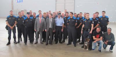 Abel Caballero posa con la Policía Local de Vigo