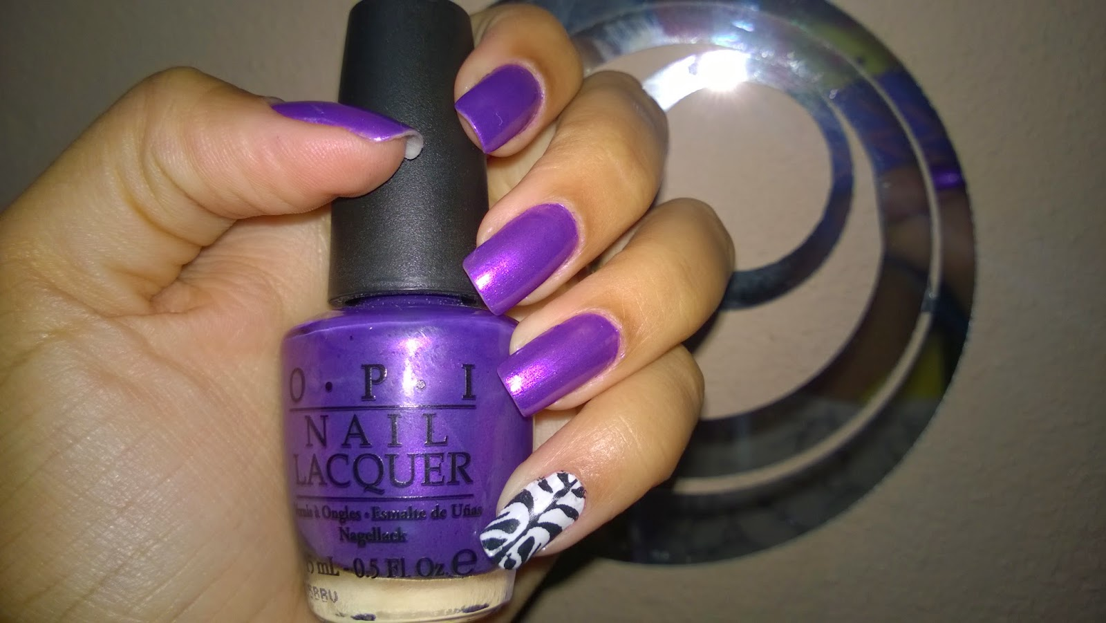 O.P.I Purple With a Purpose:Esmalte da Semana