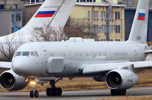 Οι Ρώσοι «Φυλάνε» τον Ερντογάν; Το ρωσικό υπερ-κατασκοπευτικό αεροσκάφος Tu-214R έχει μετασταθμεύσει ξανά στην Συρία