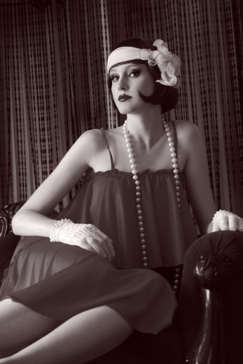 Blushing Beauty: Fashion Thru The Decades : 1920's