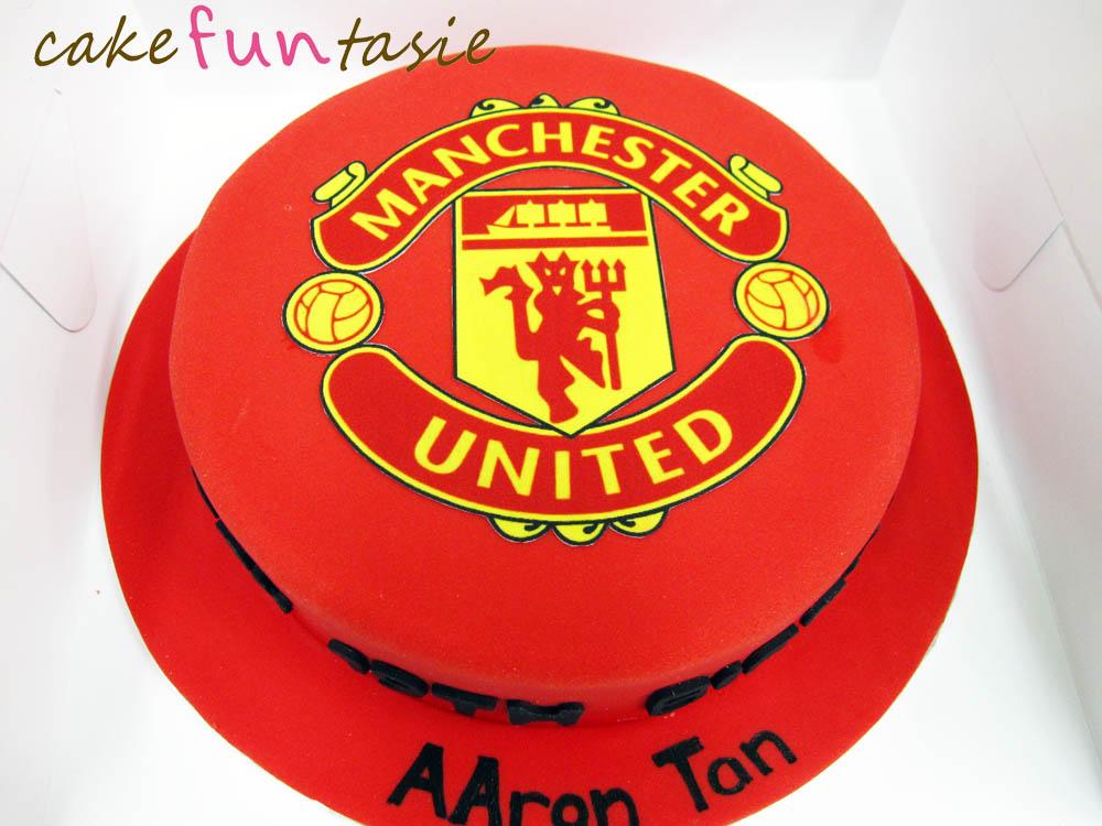 Cake Funtasie: Manchester United Logo Cake
