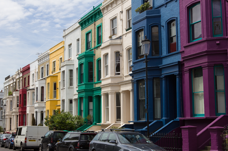 the colorful houses of notting hill