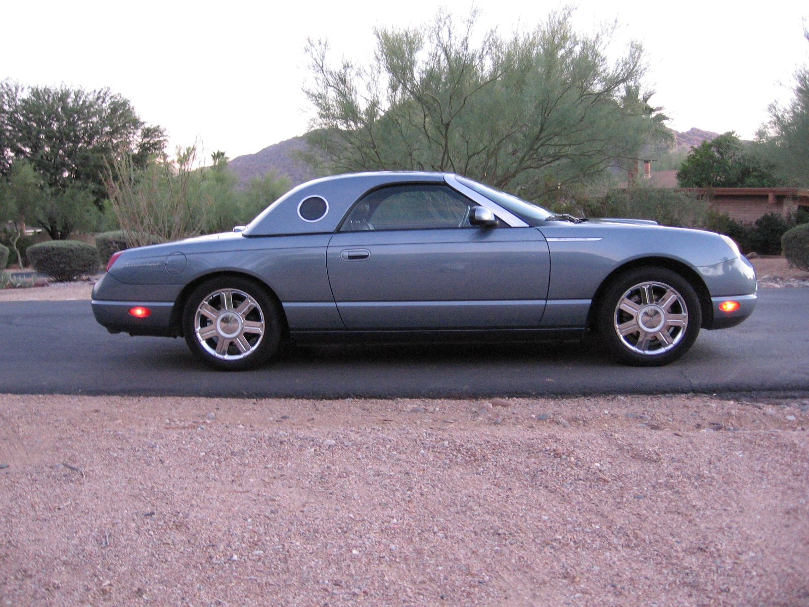 2005 ford thunderbird classic cars for sale from the crawdaddy. Black Bedroom Furniture Sets. Home Design Ideas
