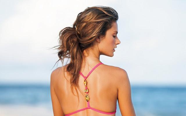 Alessandra Ambrosio Super Model