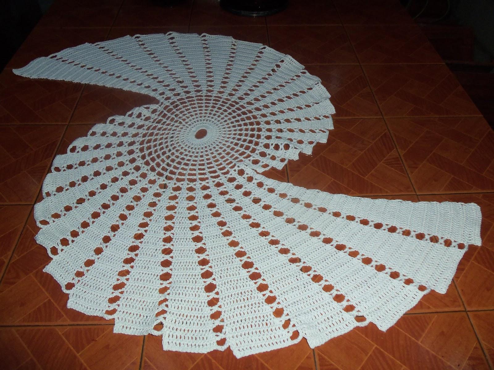 Caminos De Mesa Al Crochet Con Patron: Camino de mesa tejido a ...