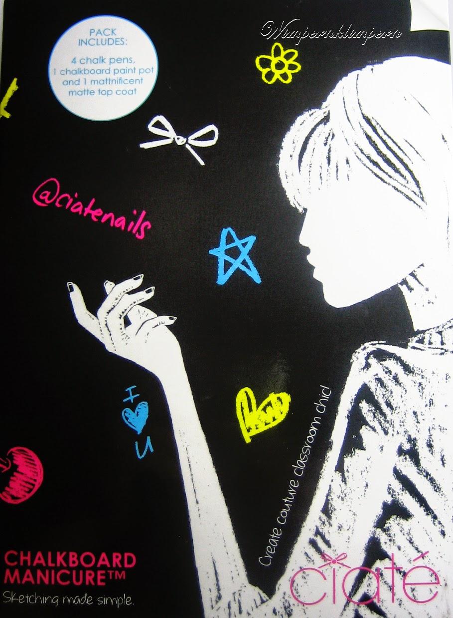 Ciaté Chalkboard Manicure außen