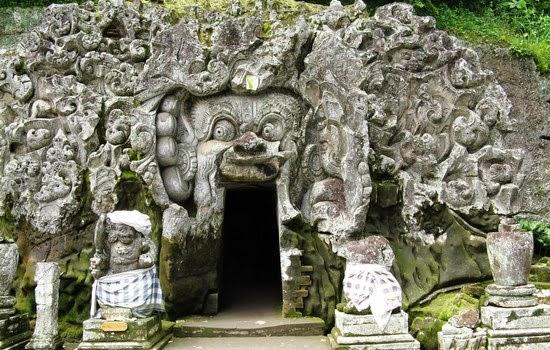Gua Gajah di Bali