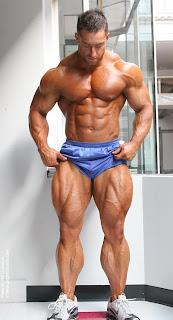 العضلات التي تلفت انتباه البنات chicken-legs.jpg