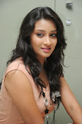 Actress Bhanusri Glamorous Photo shoot-thumbnail-11