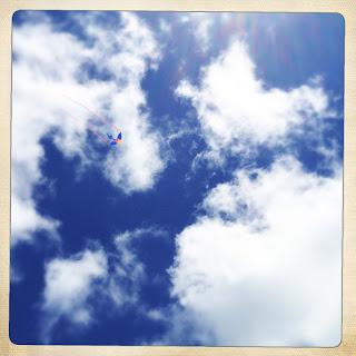 Kite, Clouds