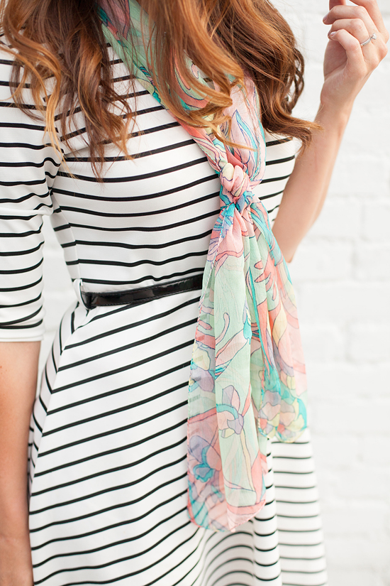 Here&Now: How to wear a Summer scarf