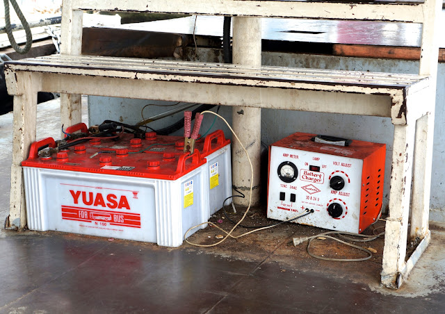 Batterie de bateau à Bangkok