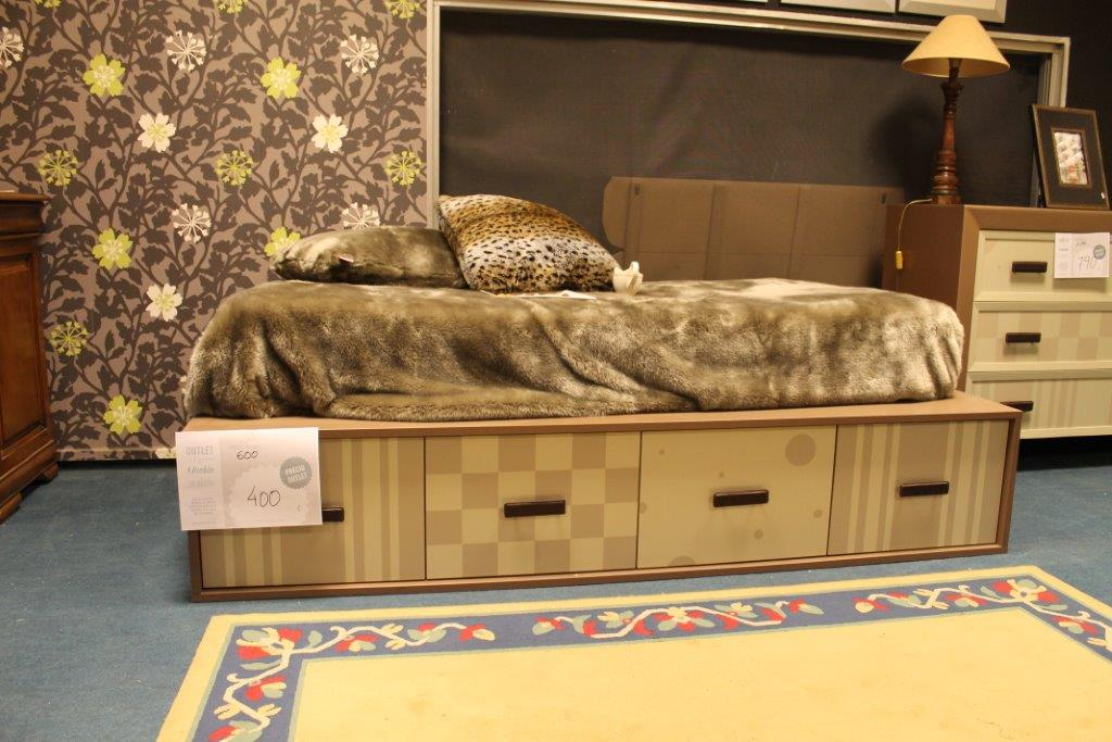 Icono interiorismo selecci n de dormitorios para la 7 - Muebles en najera ...