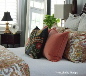 Housepitality Designs shares spring touches around her home.