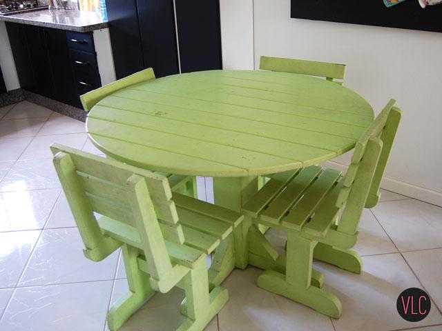 mesa de jantar nova e verde