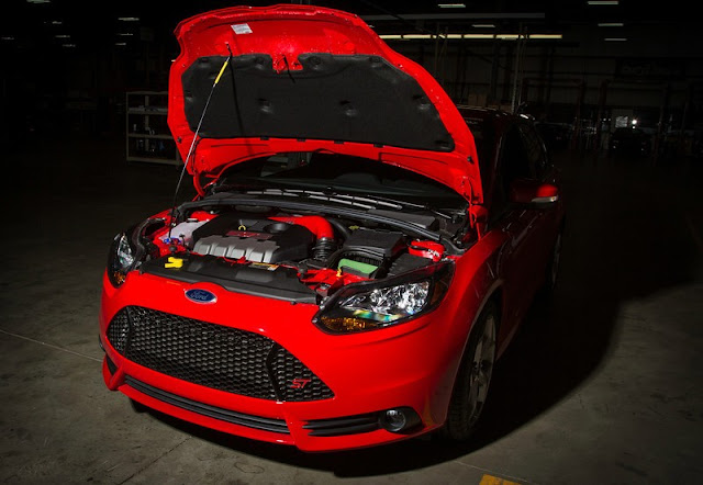 ROUSH Perfomance Gets Their Hands on a Ford Focus ST [Video]