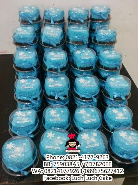 Mini Cake Frozen Souvenir Ulang Tahun