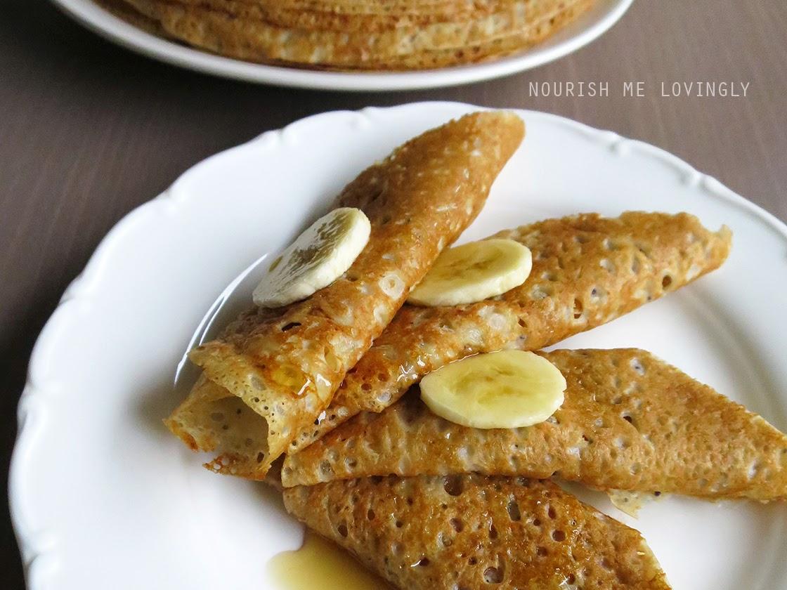 poppy_and_banana_pancakes