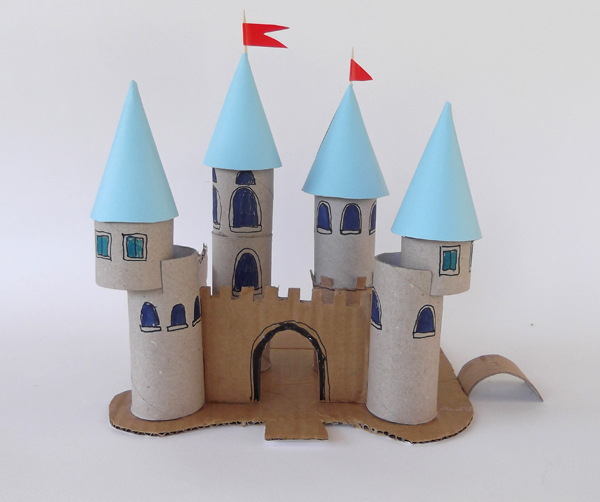 castle, chateau, palace, toilet paper roll, architecture crafts, toilet paper roll crafts, toilet paper roll ideas, castle crafts, architecture for kids