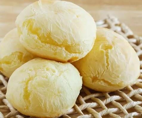 Foto ilustrativa para quem procura receita e dicas como fazer um bom pão de queijo já assado.