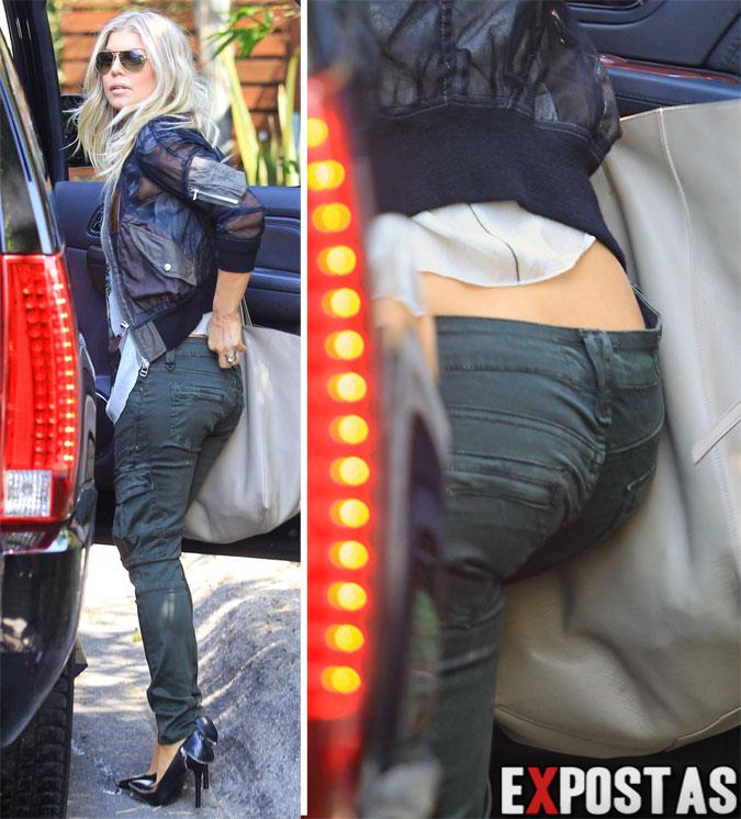 Fergie saindo de sua casa em Los Angeles - 10 de Agosto de 2012