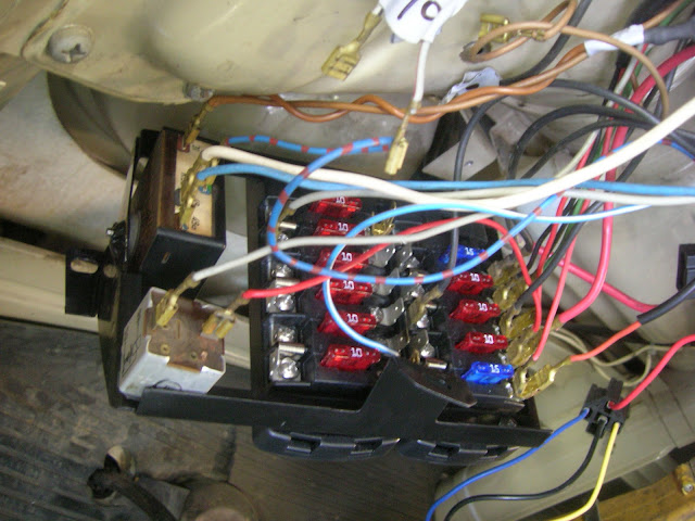 thesamba com bay window bus view topic 1970 fuse box Leash Electronics Wiring Diagram image may have been reduced in size click image to view fullscreen leash electronics wiring diagram
