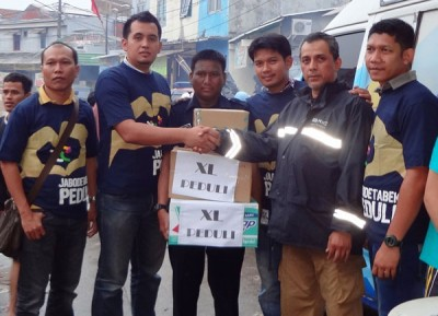 XL Salurkan Donasi untuk Korban Banjir Jabodetabek dan Kalsel