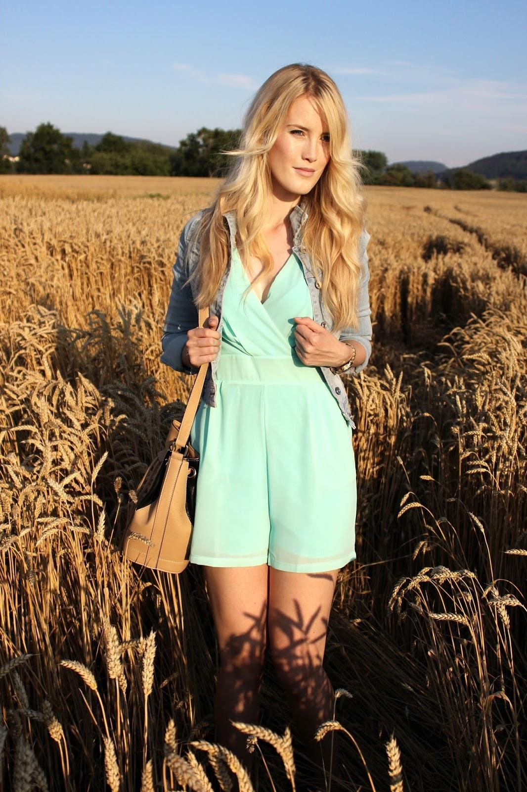 TheBlondeLion outfit playsuit jumpsuit onepiece WalG mint jeans