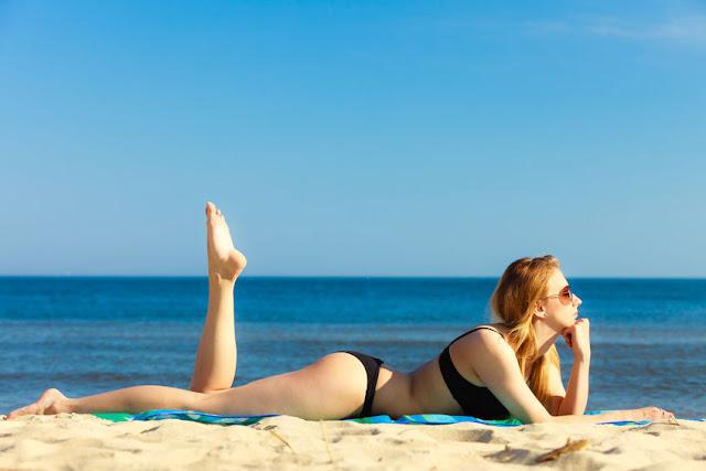 opalanie na plaży