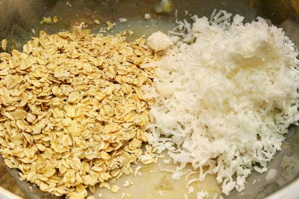 Oats-and-coconut