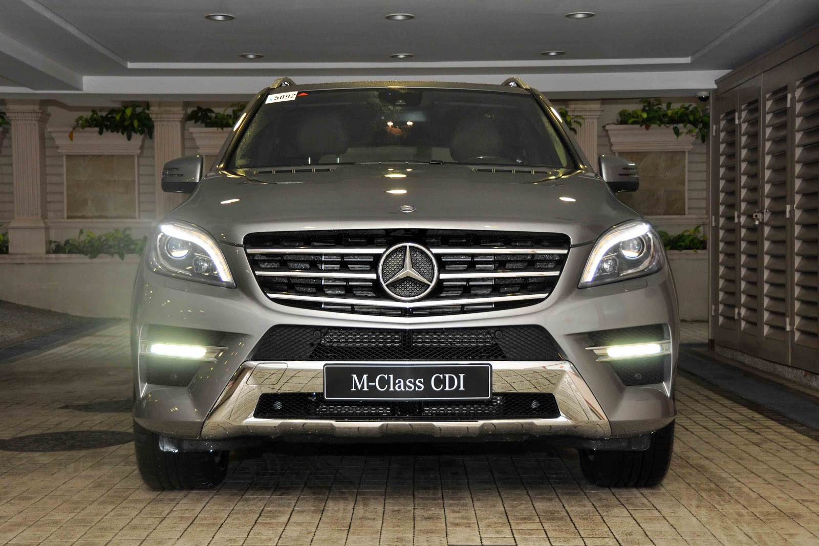 On your mark 2012 mercedes benz ml 350 cdi for Mercedes benz cdi